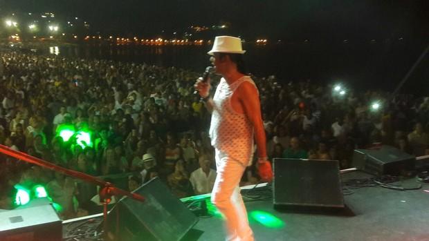 Elymar Santos fez show no réveillon para mais de 10 mil pessoas no Rio de Janeiro (Foto: Divulgação)