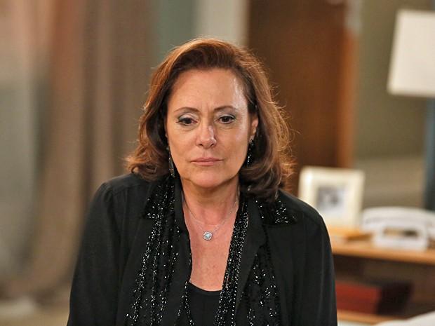 Tina fica arrasada com a chantagem de Bélgica (Foto: Isabella Pinheiro / Gshow)