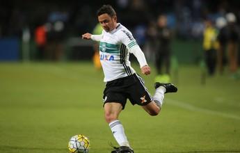 """Para 2017, Carpegiani quer Coritiba em busca de meio-campo """"dinâmico"""""""