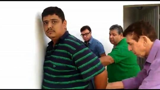 Dono e gerente de posto são presos por roubo de carreta de combustíveis