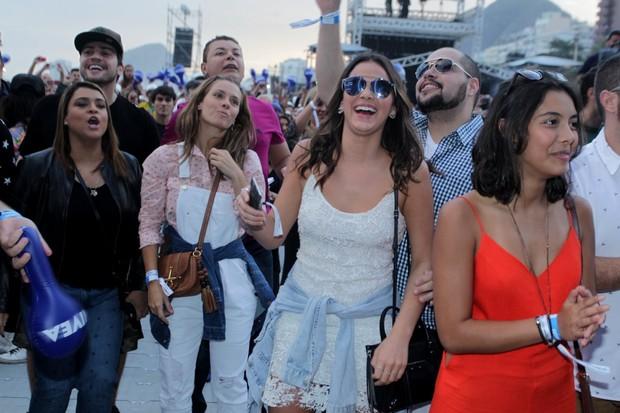 Preta Gil, Carolina Dieckmann e Bruna Marquezine (Foto: Marcelo Sá Barreto/Agnews)