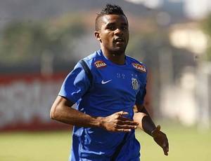 Cicinho, lateral do Santos - CT Rei Pelé (Foto: Divulgação/Santos FC)