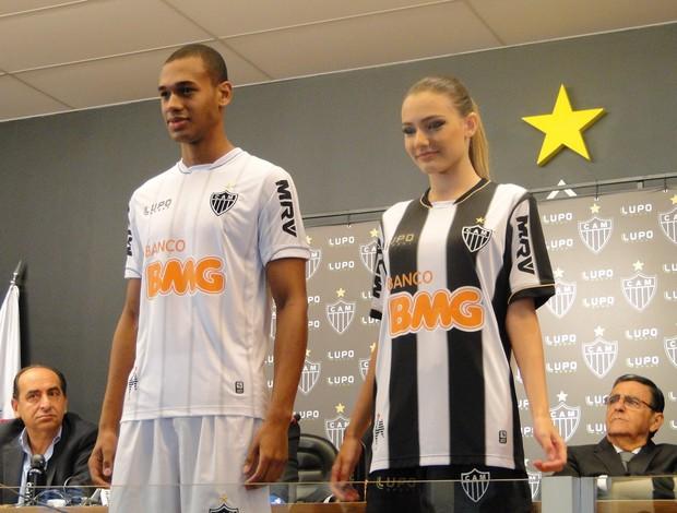 Novos uniformes do Atlético-MG (Foto: Ana Paula Dias / Globoesporte.com)