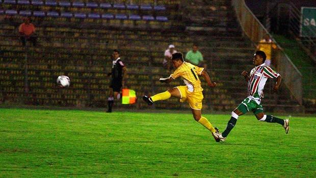 brasiliense 0 x 0 baraúnas série C atacante Romarinho Brasiliense (Foto: Cláudio Reis / BrasilienseFC)