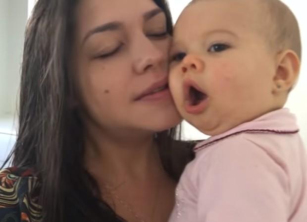 Thais Fersoza e a filha, Melinda (Foto: Reprodução)