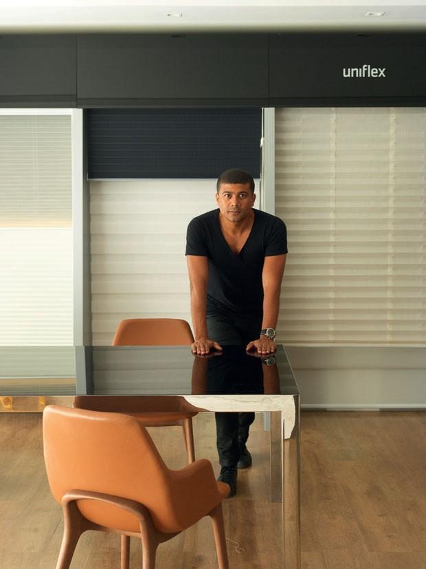 Giro Casa Vogue: Wesley Lemos revela seu roteiro de lojas de decoração em Aracaju e Salvador (Foto: Valentino Fialdini)