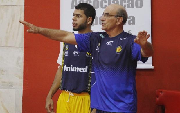 Manny Quezada São José Basquete (Foto: Antônio Basílio/ PMSJC)