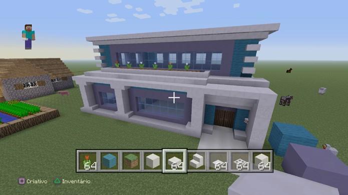 Adicione detalhes à fachada da sua casa em Minecraft para deixá-la mais bonita e moderna (Foto: Reprodução/Rafael Monteiro)