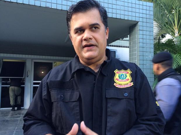 diretor metropolitano da Polícia Civil de Pernambuco, delegado Joselito Amaral (Foto: Thays Estarque/G1)