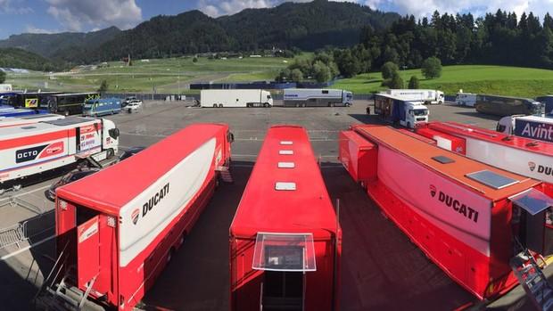 BLOG: Mundial de MotoGP - Testes em Spielberg: com a nata da MotoGP na pista, Casey Stoner é um destaques e faz top 4. KTM também testa e confirma presença na Moto2 em 2017!!!