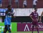 """Bolaños aproveita chance com gol em oito minutos e """"cava"""" vaga no Grêmio"""