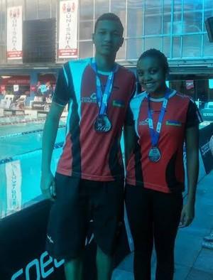 Marco Antonio Ferreira Júnior e Julia Araújo Carvalho conquistam prata em Santos (Foto: Semepp / Divulgação)
