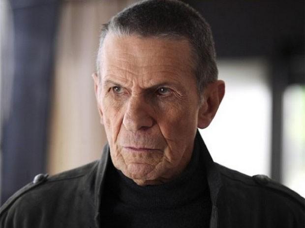 O ator Leonard Nimoy, conhecido pelo papel de Spock em 'Star Trek', durante participação na série 'Fringe', em 2008 (Foto: Divulgação)