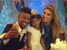 Léo Moura comemora o aniversário da filha