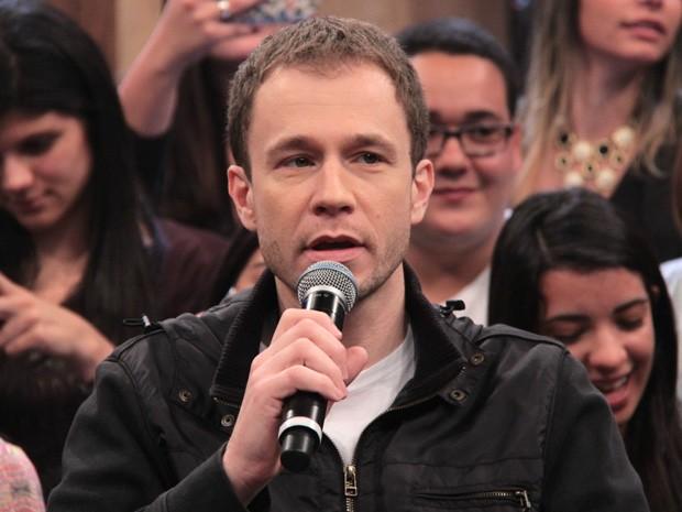Tiago Leifert participa da gravação do programa 'Altas Horas' (Foto: TV Globo/Altas Horas)
