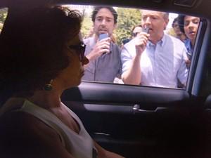 Marta ignora os jornalistas (Foto: TV Globo)