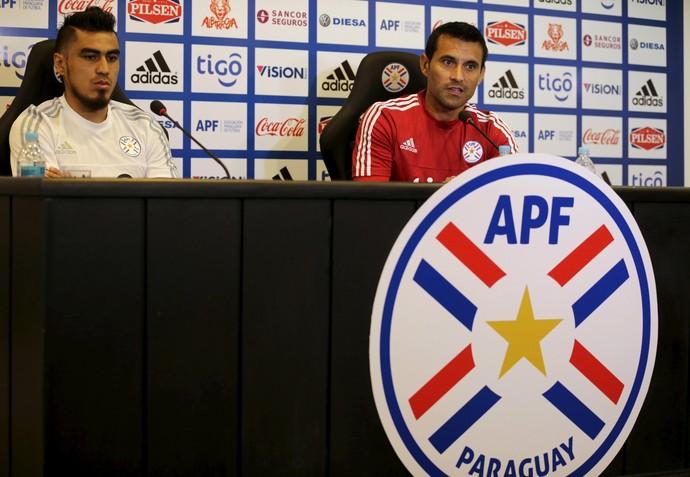 Dario Lezcano Justo Villar Paraguai (Foto: Reuters)