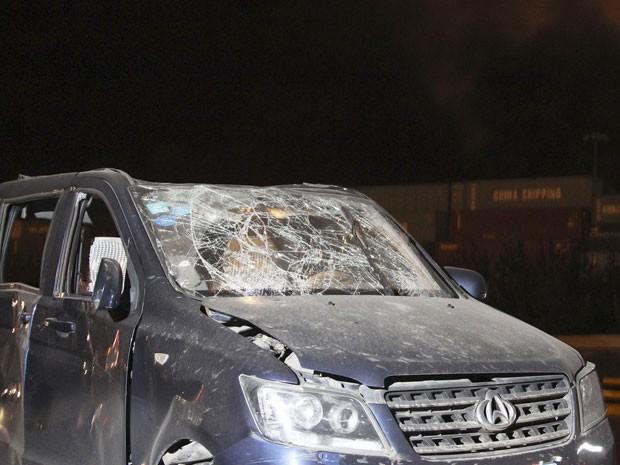 Explosão na China causou onda de choque que destruiu veículos próximos ao local (Foto: REUTERS/Stringer)