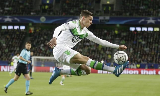 O alemão Draxler: cria do Schalke 04