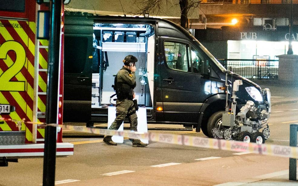 Área isolada por suspeita de bomba na Noruega (Foto: Fredrik Varfjell / NTB Scanpix / via AP Photo)
