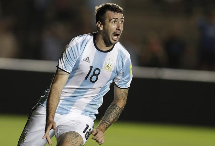 Pratto gol Argentina x Colombia (Foto: AP)