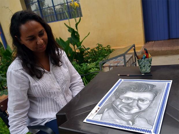 A artista plástica Rita Luciano, de Brodowski (Foto: Rodolfo Tiengo/G1)