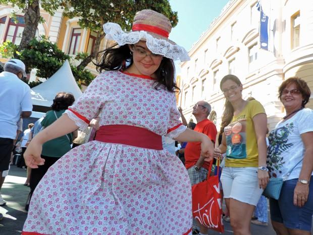 Daniella Nazário ama dançar e gosta de ser atriz (Foto: Katherine Coutinho / G1)