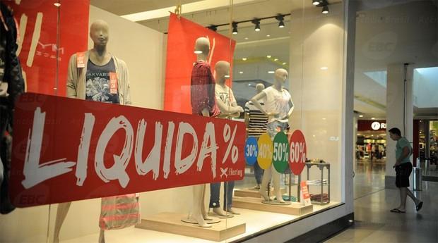 Shopping: comércio tem reação tímida neste começo de ano (Foto: Agência Brasil)