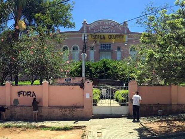 Escola Estadual David Campista está ocupada há 13 dias, desde 18 de outubro; movimento é questionado na Justiça em Poços de Caldas, MG (Foto: Ocupa David Campista/Poços de Caldas)