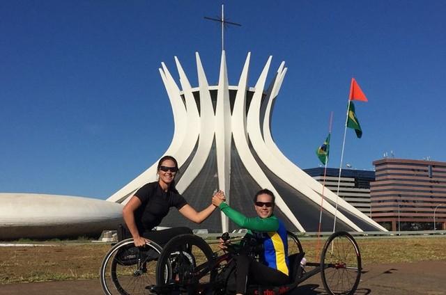 Juliana Sana gravou com a paraciclista Jady Malavazzi (Foto: Divulgação)