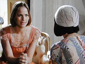 Malvina dá forças para que Gerusa fuja com Mundinho Falcão (Foto: Gabriela / TV Globo)