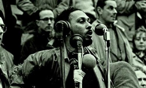 Foto (Foto: O sociólogo Stuart Hall, um dos principais teóricos do multiculturalismo / Divulgação)