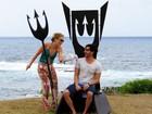 Ricardo Tozzi nada com tubarões e curte Noronha: 'Astral lá no alto'