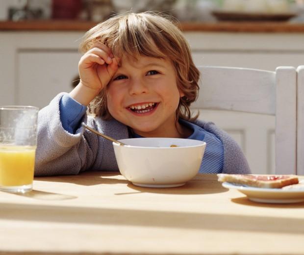 cafe manhã; criança (Foto: Thinkstock)