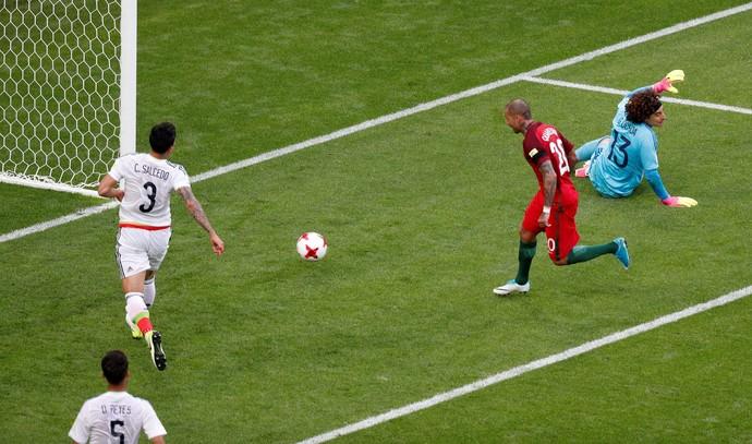 Ricardo Quaresma, Portugal x México (Foto: REUTERS/Maxim Shemetov)
