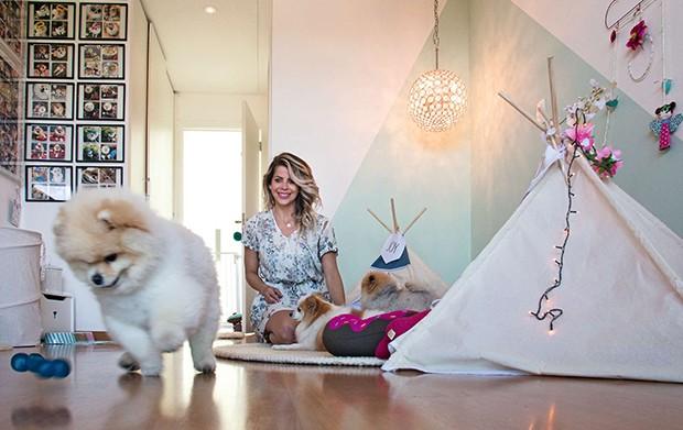 O quarto dos pets tem decoração lúdica (Foto: O quarto dos pets tem decoração lúdica)
