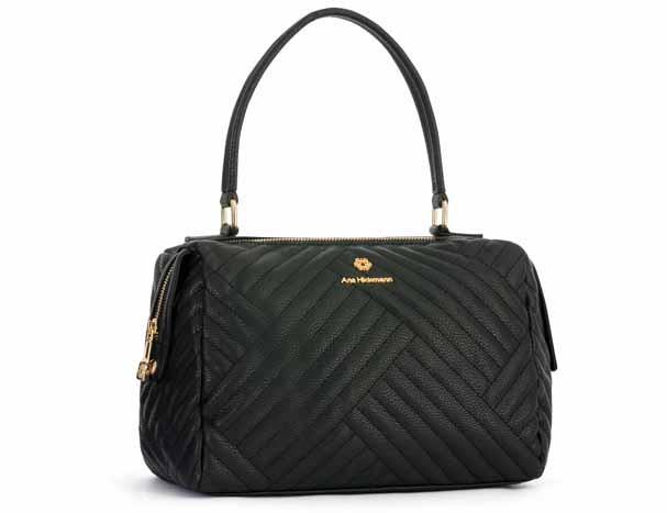 64d2d12cdf707 Ana Hickmann assina coleção de bolsas lindas para a Le Postiche ...