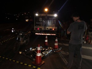 Pedestre morreu na Rodovia do Contorno (Foto: Caíque Verli/ A Gazeta)