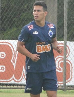 Diego Arias, treino do Cruzeiro (Foto: Roberto Rodrigues)