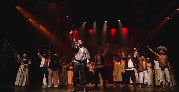 Grupo de Teatro Encenação Cultural do Pará (Foto: Afrânio Brito)