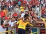 Ídolo do Campinense, goleiro Pantera é homenageado antes de amistoso