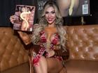 Verônica Araújo mostra demais e ganha 'chupão' em lançamento de nu