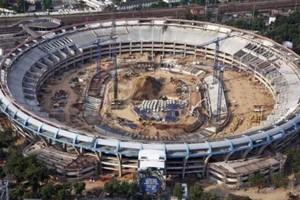 Maracanã em obras: Empreiteira de Cavendish, Delta, tinha contratos de R$ 1 bilhão com o estado do Rio e fazia parte do consórcio responsável pela reforma do estádio (Foto: Reprodução Internet)