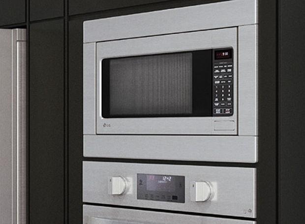 Com acabamento embutido em aço inox, o micro-ondas da LG Studio alinha design e funcionalidade (Foto: Divulgação)