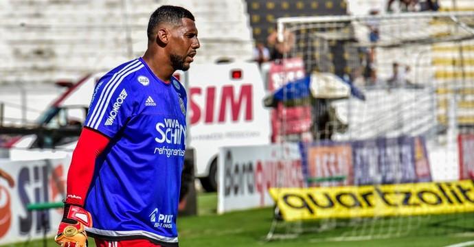Aranha, goleiro Ponte Preta (Foto: Fabio Leoni/ PontePress)