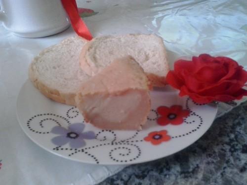 Bolo gelado de pão de fôrma