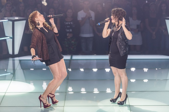 Aretha e Camila em disputa do Time Brown (Foto: Artur Meninea/Gshow)