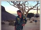 Nívea Stelmann exibe a perna durante lua de mel no México