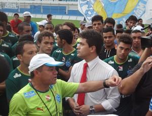 Protesto Paysandu torcida Arturzinho (Foto: Thiago Lopes / Globoesporte.com)