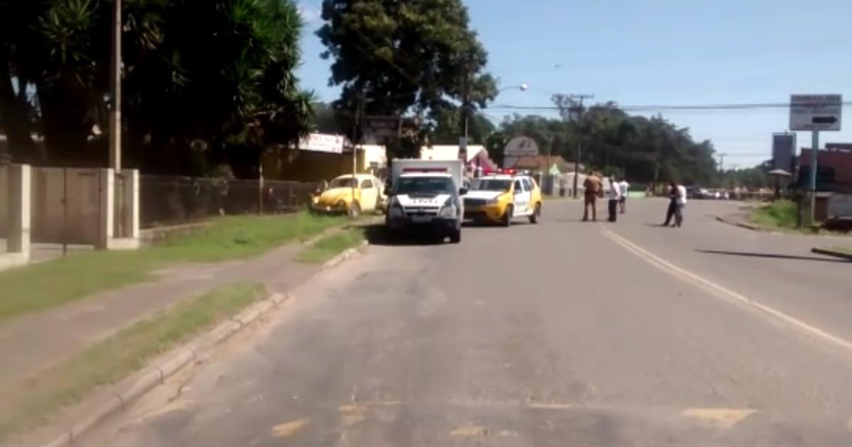 Resultado de imagem para Mulher é assaltada, pega carro e atropela bandido em Colombo